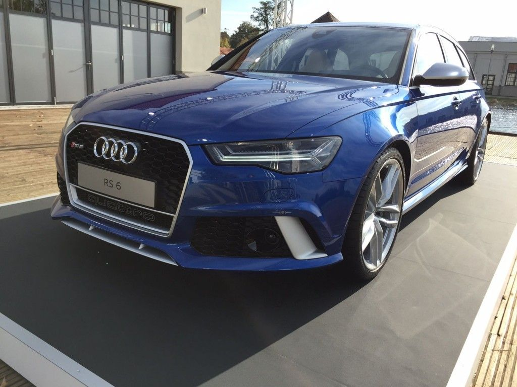 Audi RS6 - Seite