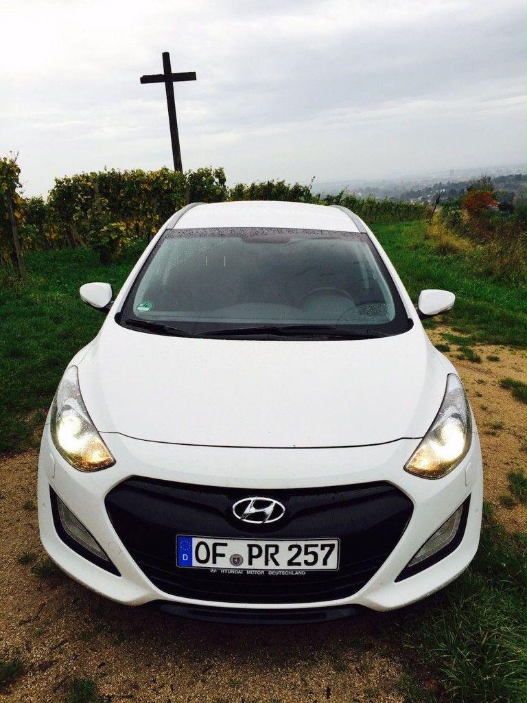 Hyundai_i30_Kombi_Front