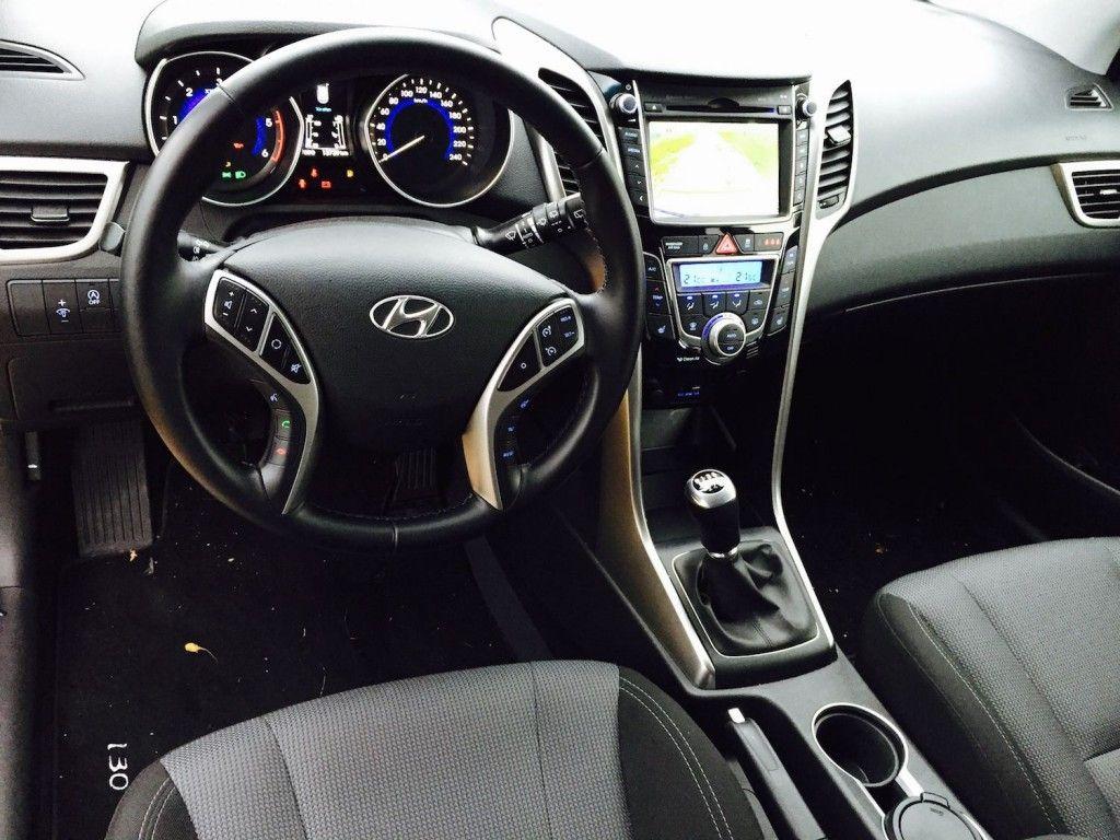 Hyundai_i30_Kombi_innen