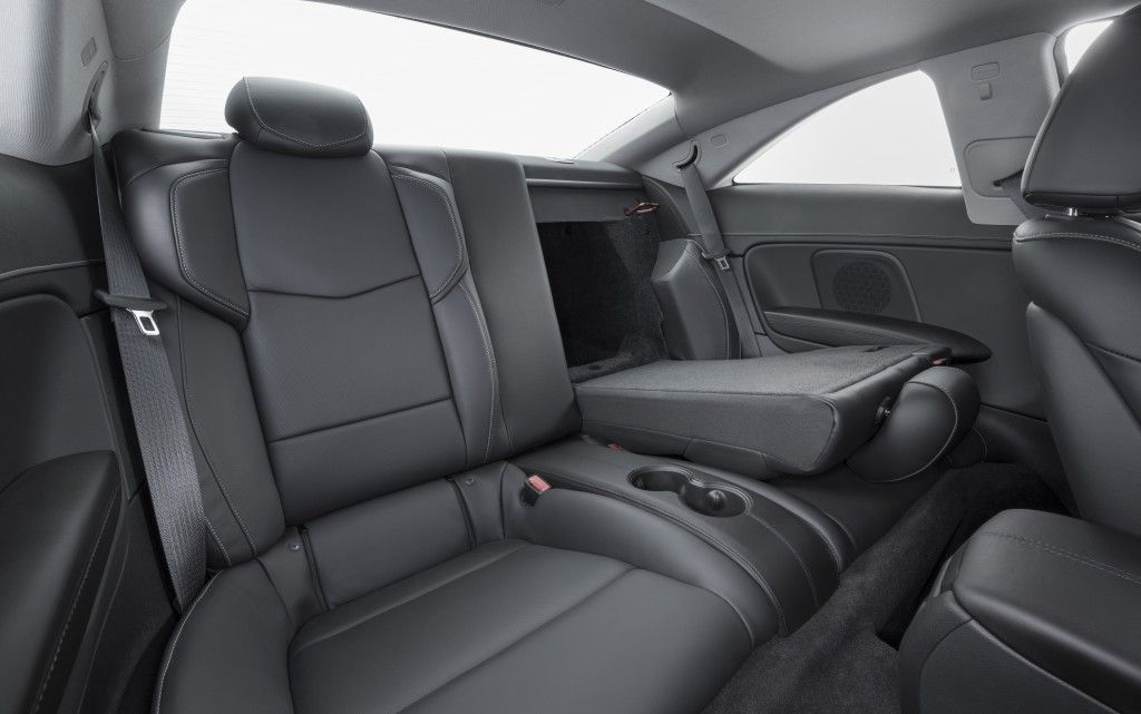 25_Cadillac_ATS_Coupe_2015