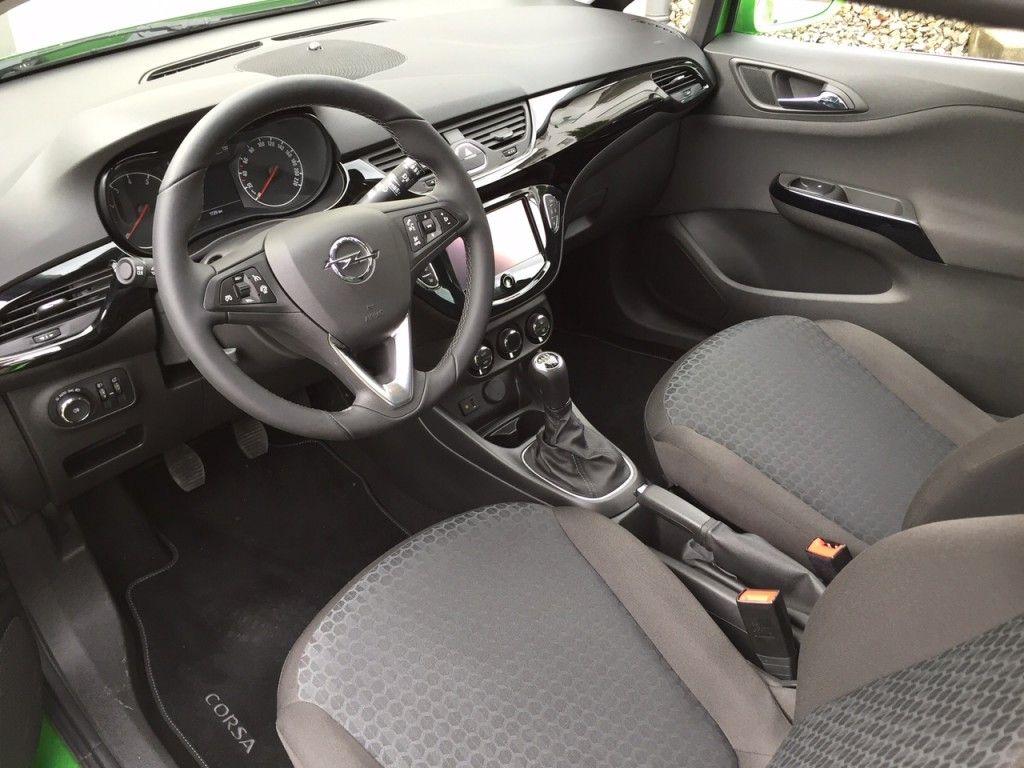 Opel Corsa Innenraum