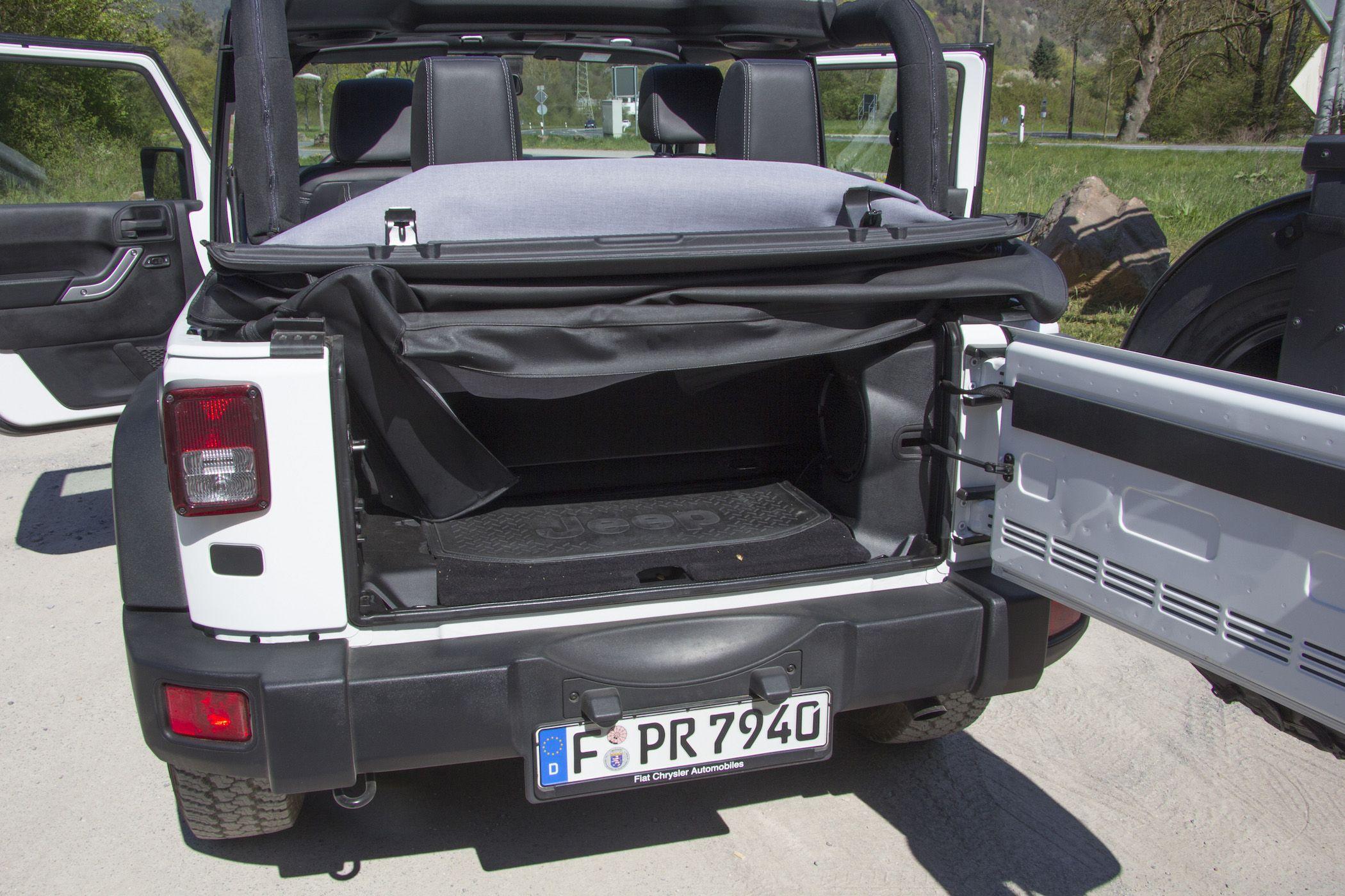 cabrio fahren mal anders der jeep wrangler rubicon x. Black Bedroom Furniture Sets. Home Design Ideas