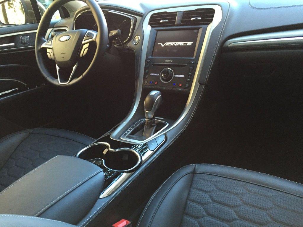 Ford Mondeo Vignale Innenraum 2015