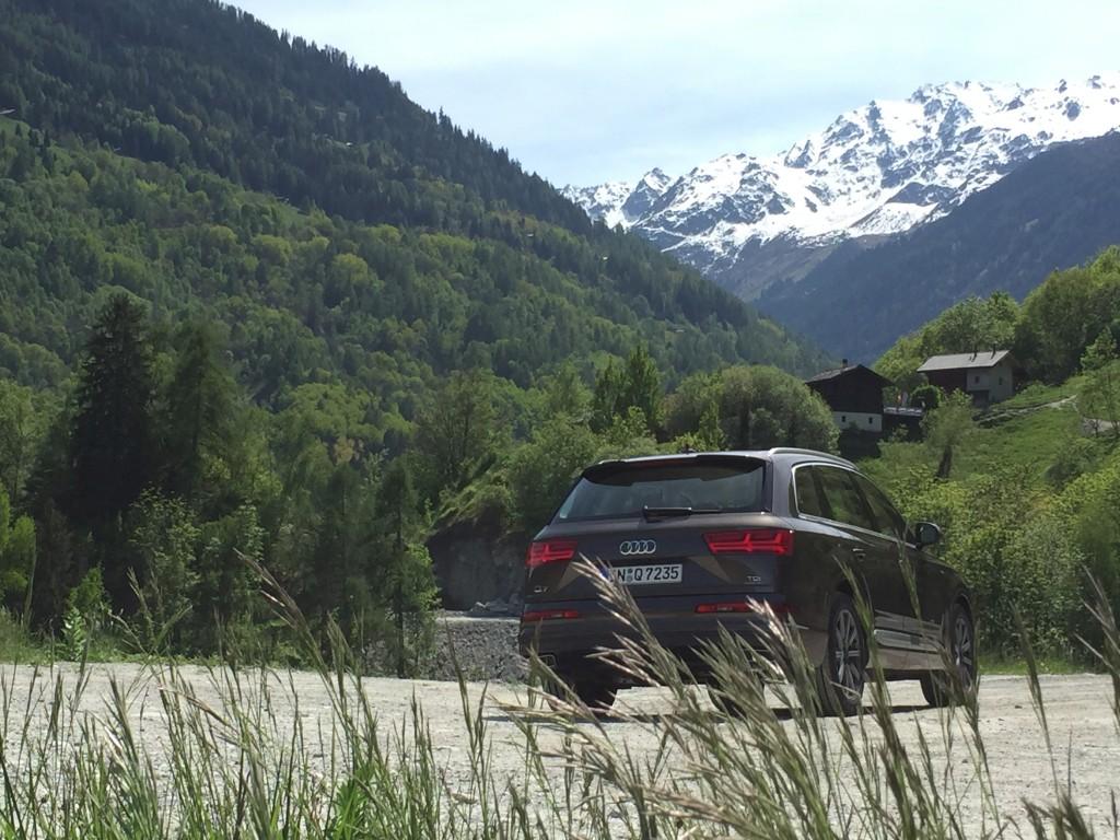 Audi Q7 hinten