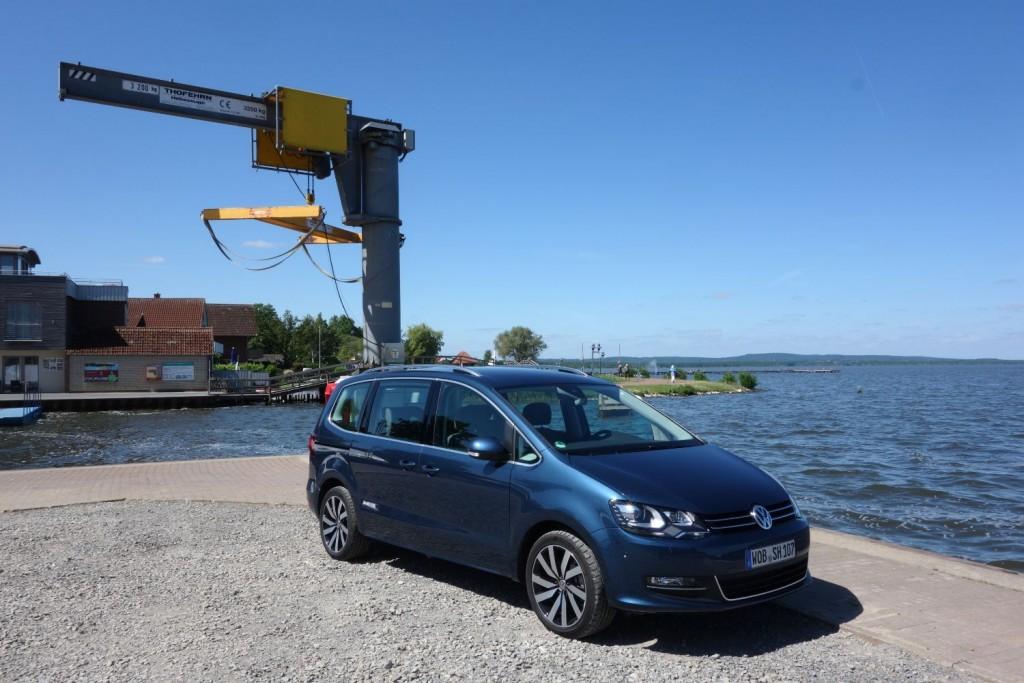VW Sharan 2015 Front seitlich