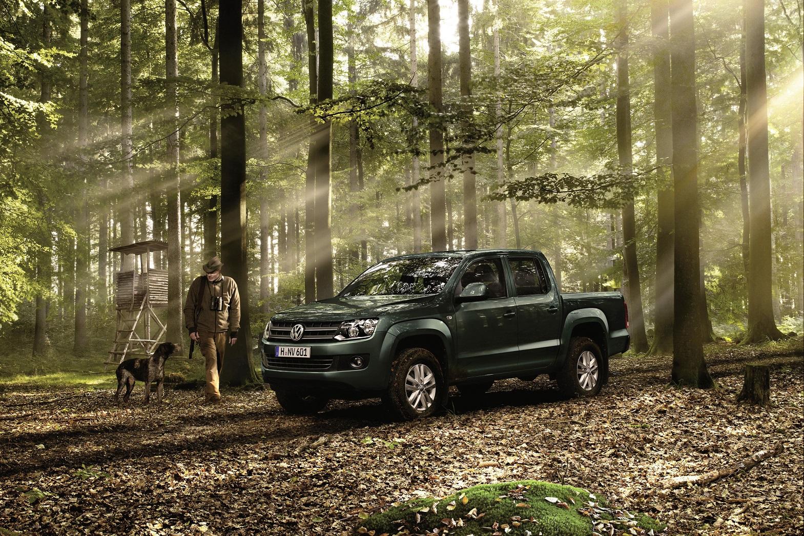 Volkswagen praesentiert sich auf der Jagd Hund