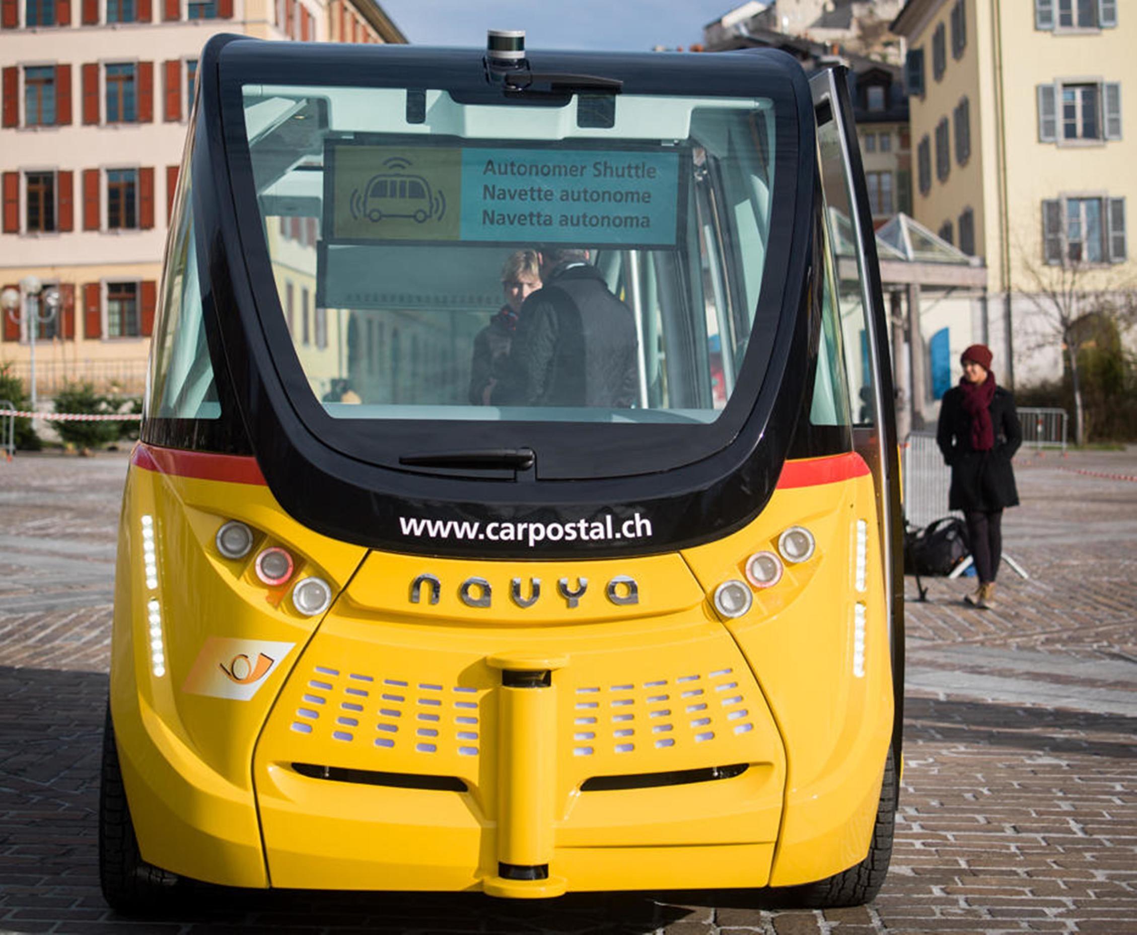 Autonomes Fahrzeug der Schweizer Post