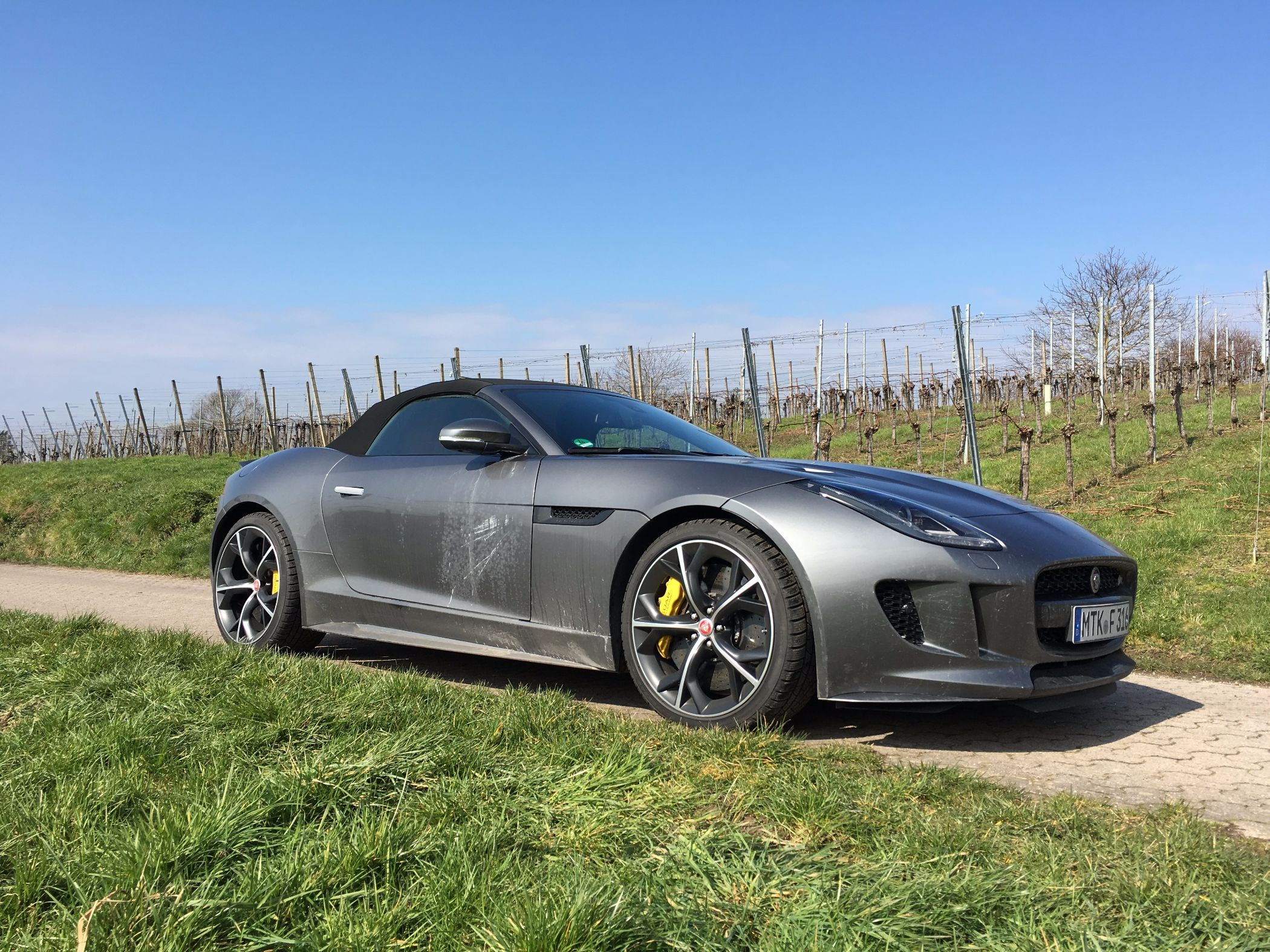 Jaguar F-Type R Seitenansicht