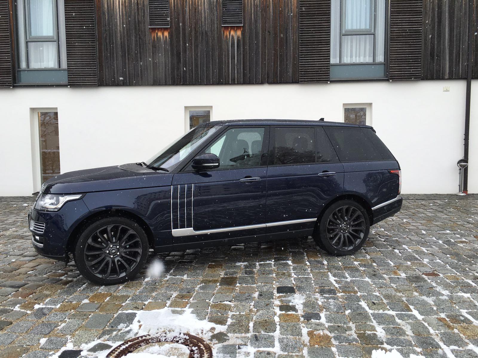 Range Rover SVAutobiography Seitenansicht
