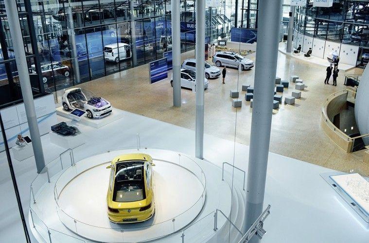 Gläserne Manufaktur eröffnet heute als neues Schaufenster für Elektromobilität und Digitalisierung