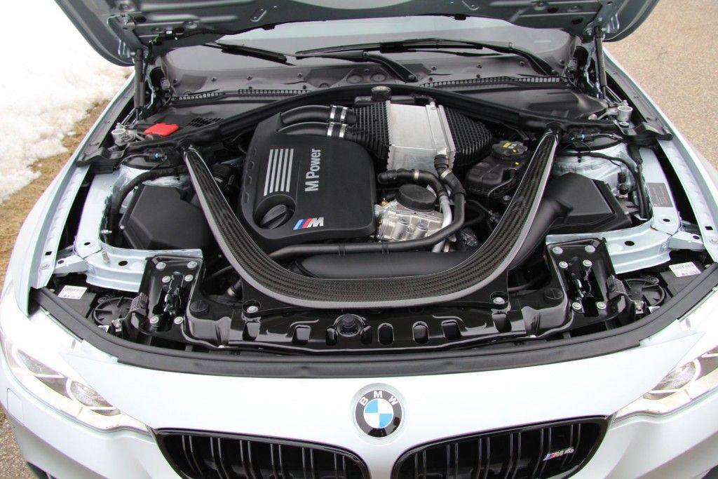 BMW M4 2016 Reihensechszylinder Motor