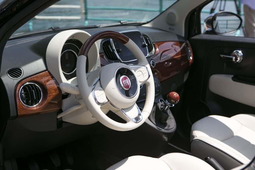 Fiat 500 Riva Innenraum - http://www.aldoferrero.it/