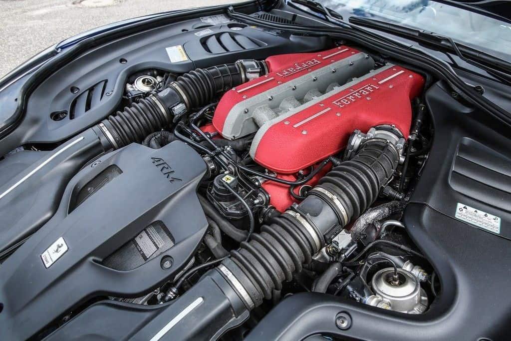 Ferrai GTC4 Lusso Motor