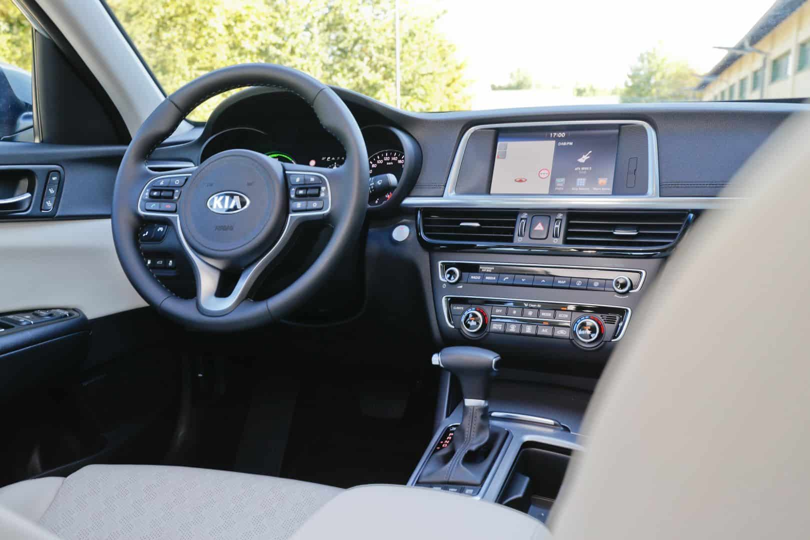 Kia Optima PHEV Cockpit