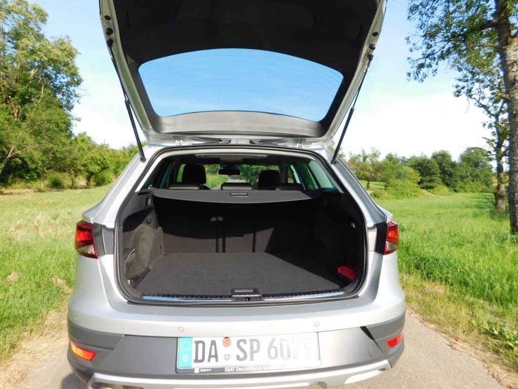 seat leon x perience 2 0 tdi der sportliche spanier im. Black Bedroom Furniture Sets. Home Design Ideas
