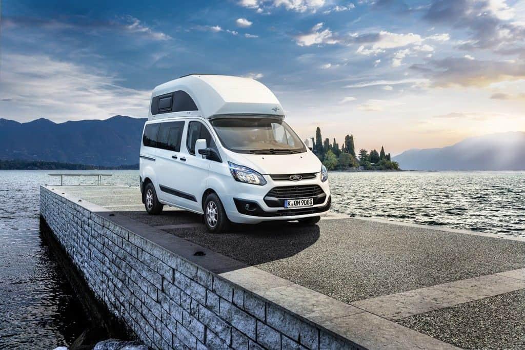Campingbus mit festem Hochdach: Ford Nugget.
