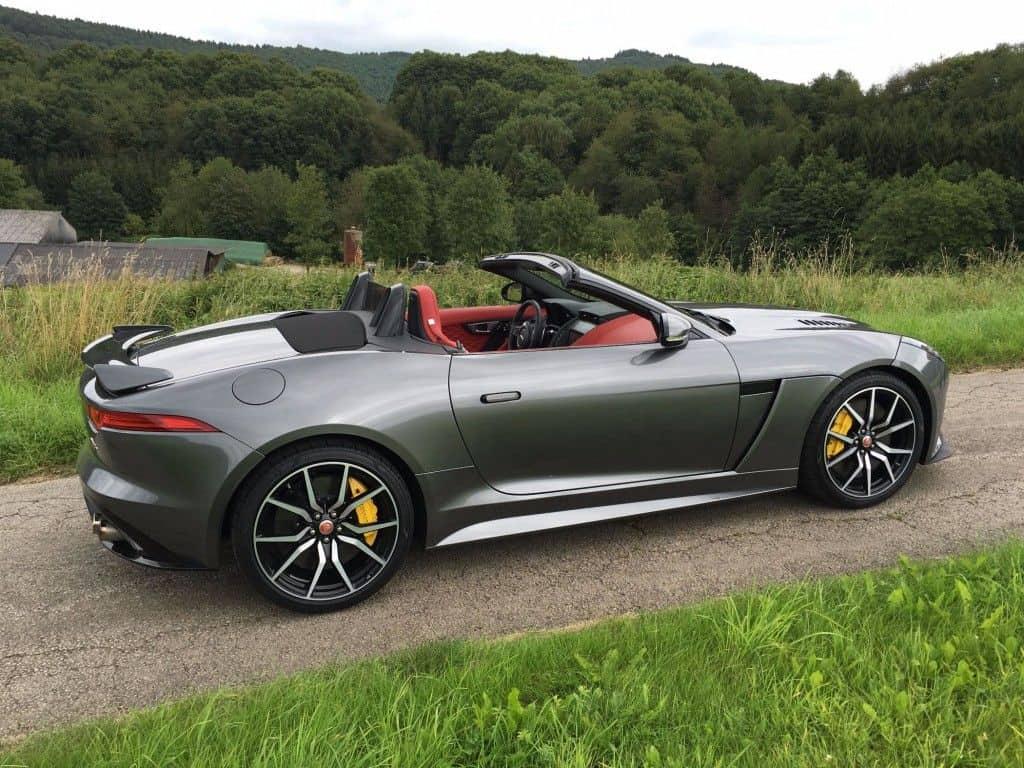 Jaguar F-Type SVR Seitenansicht