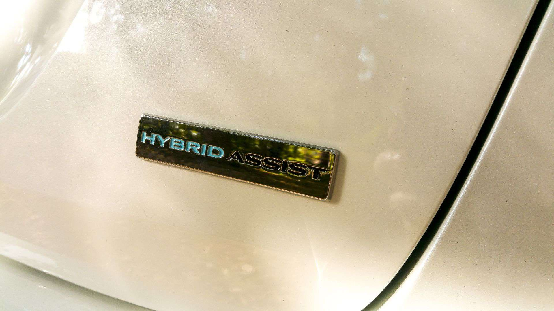 renault-hybrid-assist