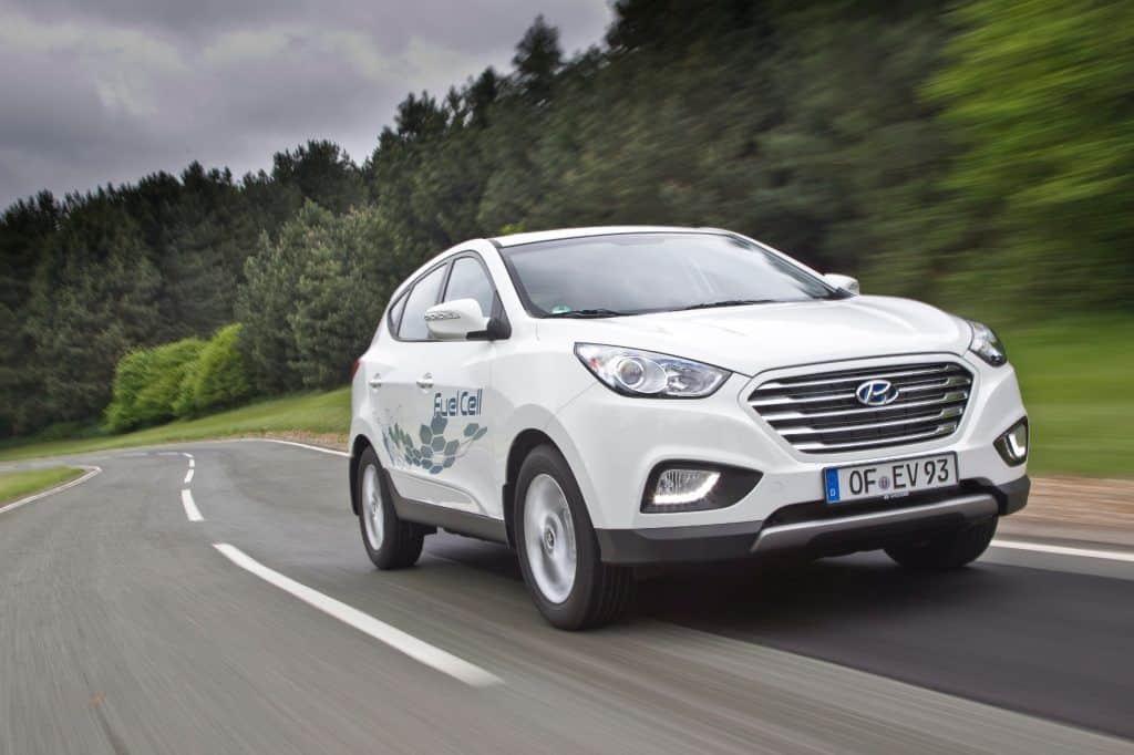 Der batterieelektrische Hyundai Ioniq kommt mit einer Ladung bis zu 280 Kilometer weit. © Hyundai