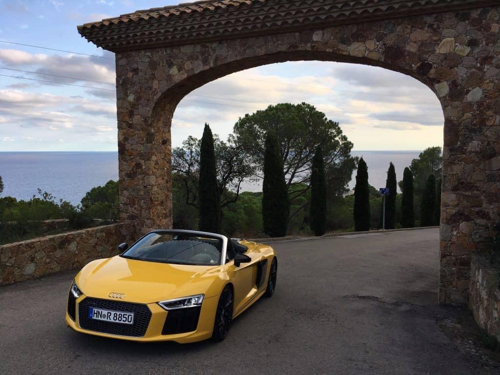 Audi R8 Spyder Front