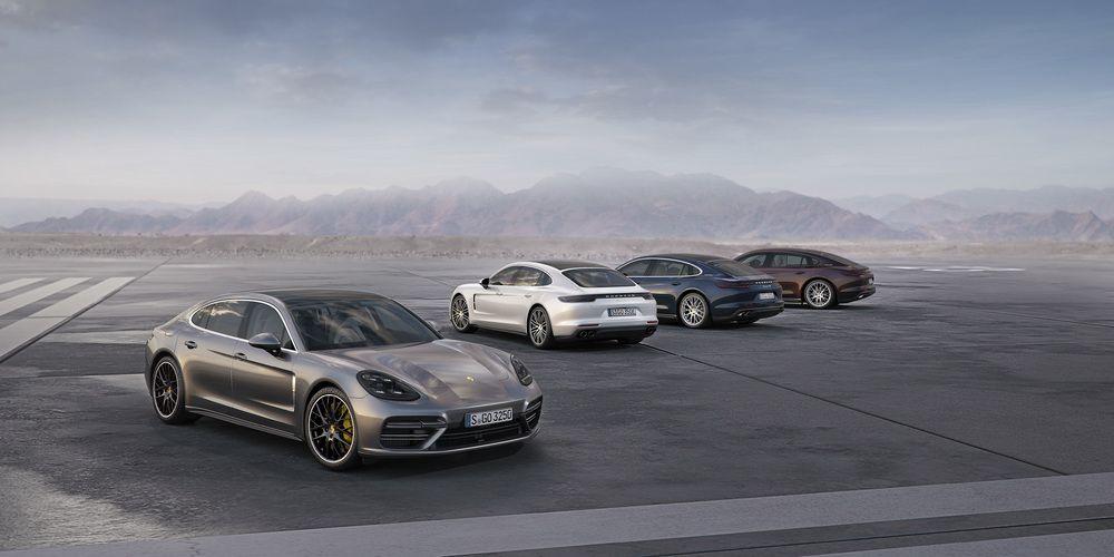 Porsche auf der Los Angeles Auto Show 2016 - Weltpremiere der Panamera Executive-Modelle und des 911 RSR