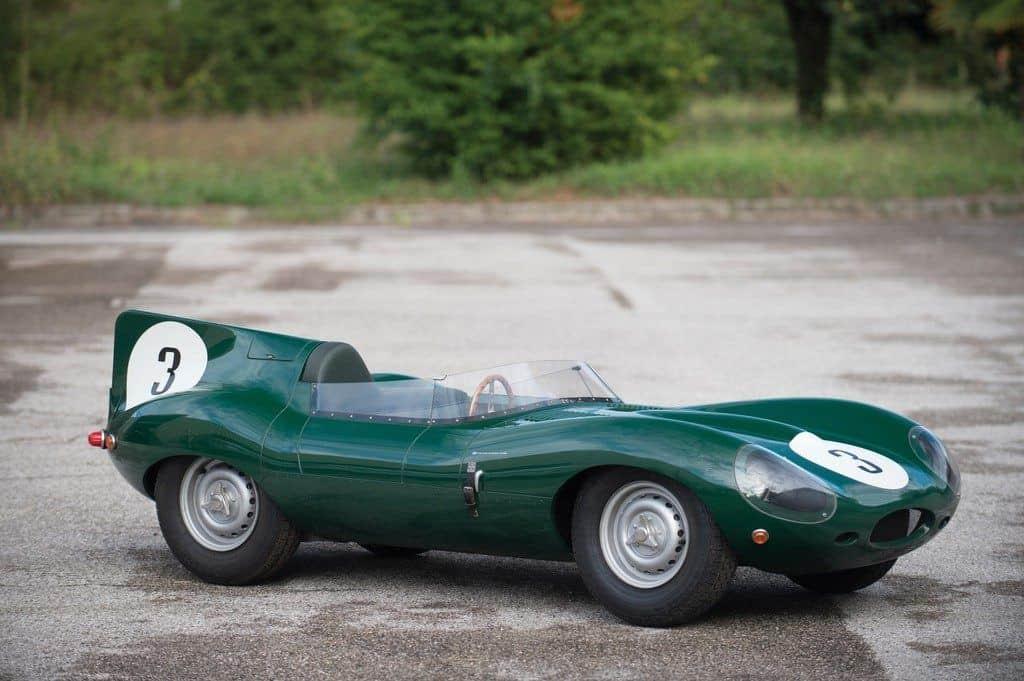 Jaguar D-Type als Kinderauto mit echtem Verbrennungsmotor