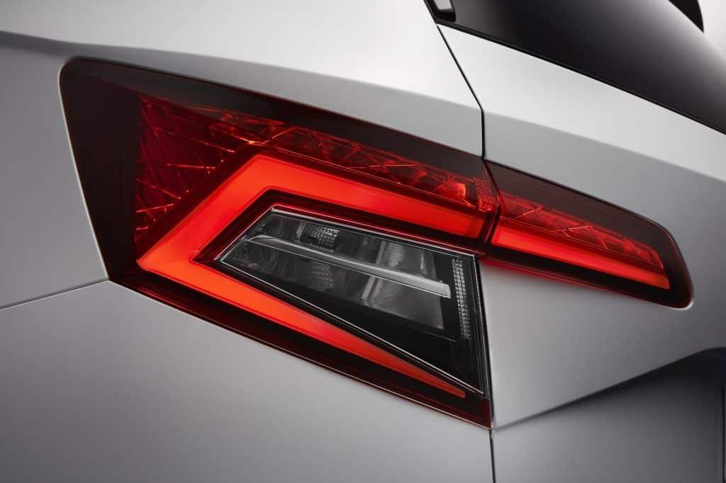 ŠKODA KAROQ: Die LED-Technologie kommt unter anderem bei den Rück-, Brems-, und Nebelleuchten zum Einsatz.