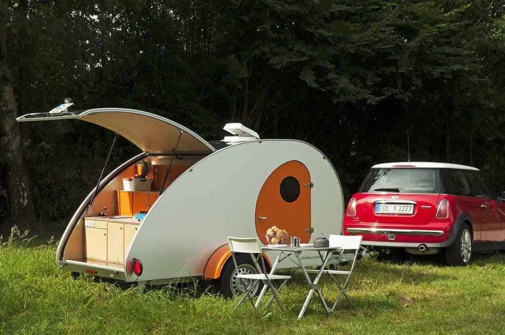 teardrop caravan als stylischer retro wohnwagen der. Black Bedroom Furniture Sets. Home Design Ideas