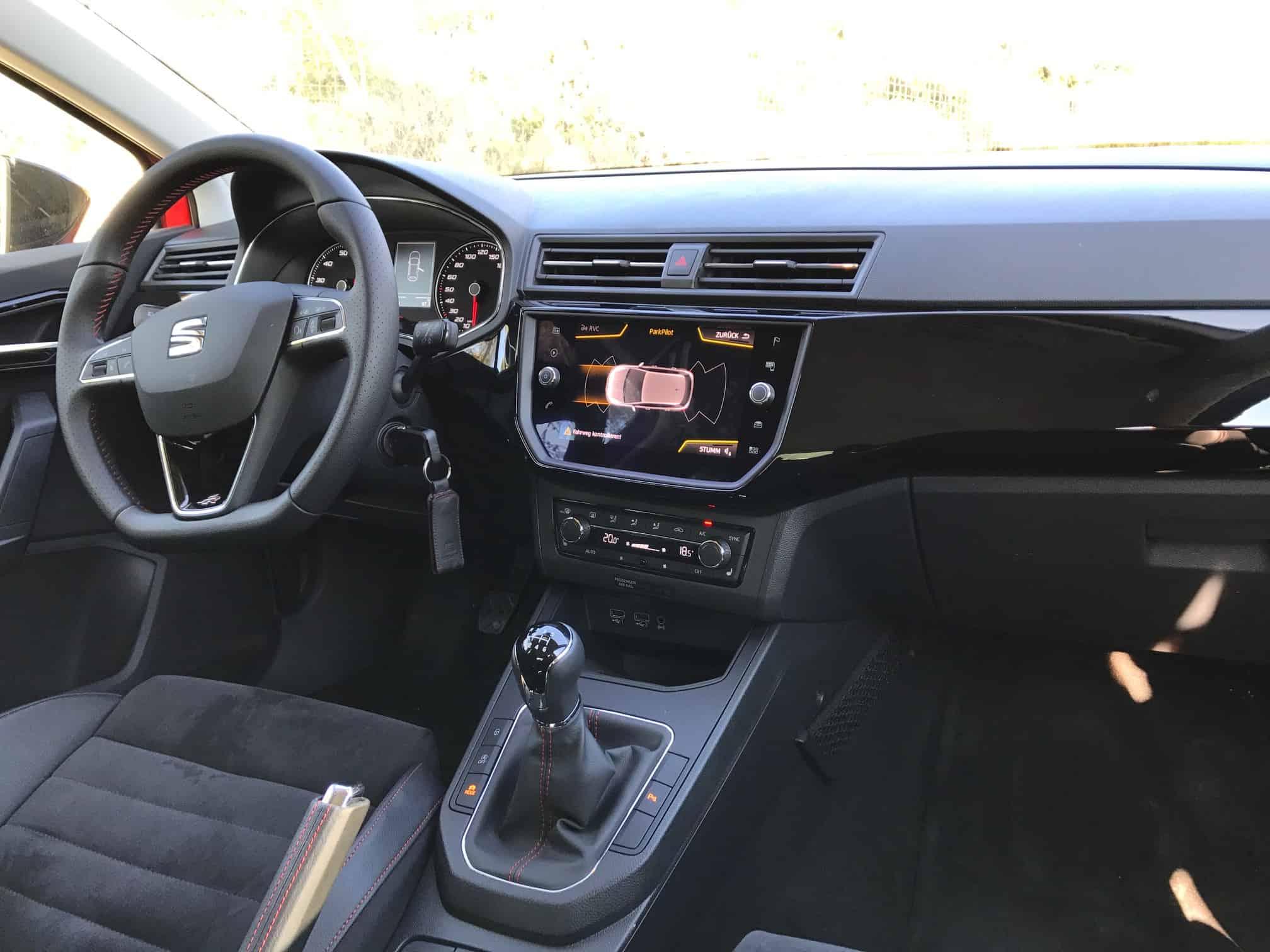 Der seat ibiza 2017 sportlicher spanier kann berzeugen for Seat ibiza innenraum