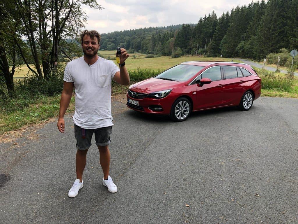 """2019 Opel Astra """"K"""" Sports Tourer mit 1.2 Liter Benziner, Jan Weizenecker"""